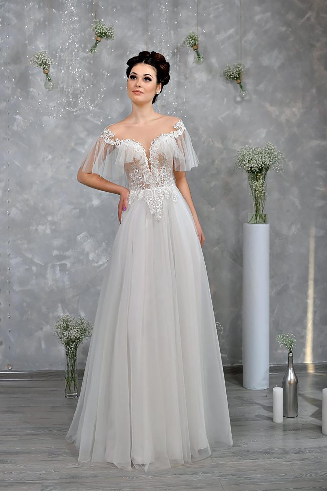 Online Ariadna Wedding Dress Openwork Top With A Loose Skirt