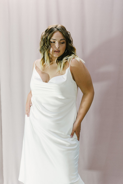 Dress Faith plus size ivory