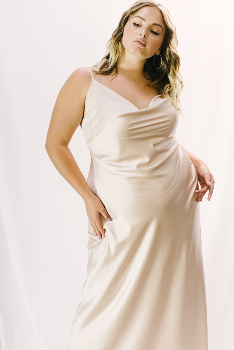 Dress Florian plus size champagne