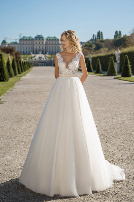 Madlyn Wedding Dress