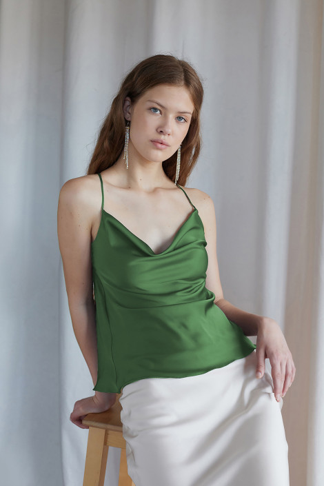 Top Claire silk forest green